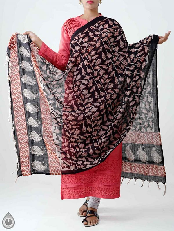 Online Shopping for Black Pure Bagru Rajasthani Cotton Dupatta with Bagru prints Dupatta from Rajasthan  at Unnatisilks.com India
