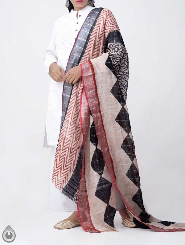 Online Shopping for Ivory Bagru Printed Pure Linen Checks Dupatta with Bagru Prints from Chattisgarh at Unnatisilks.comIndia
