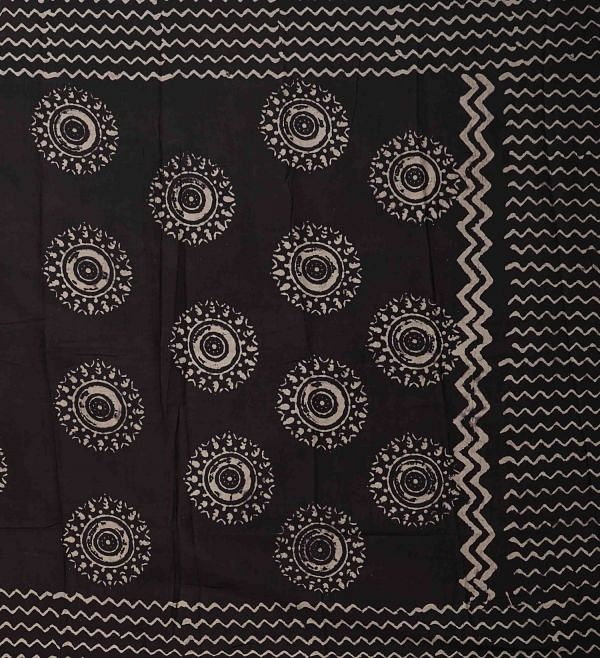 Online Shopping for Black Bagru Printed Pure Mulmul Cotton Dupatta with Bagru Prints from Rajasthan at Unnatisilks.comIndia