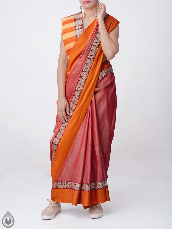 Red Pure Handloom Narayanpet Cotton Saree with Tassels -UNM37635