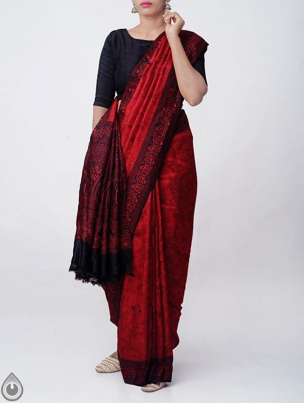 Online Shopping for Red Pure Handloom Bengal Silk Saree with Fancy Prints with Fancy Prints from West Bengal at Unnatisilks.comIndia