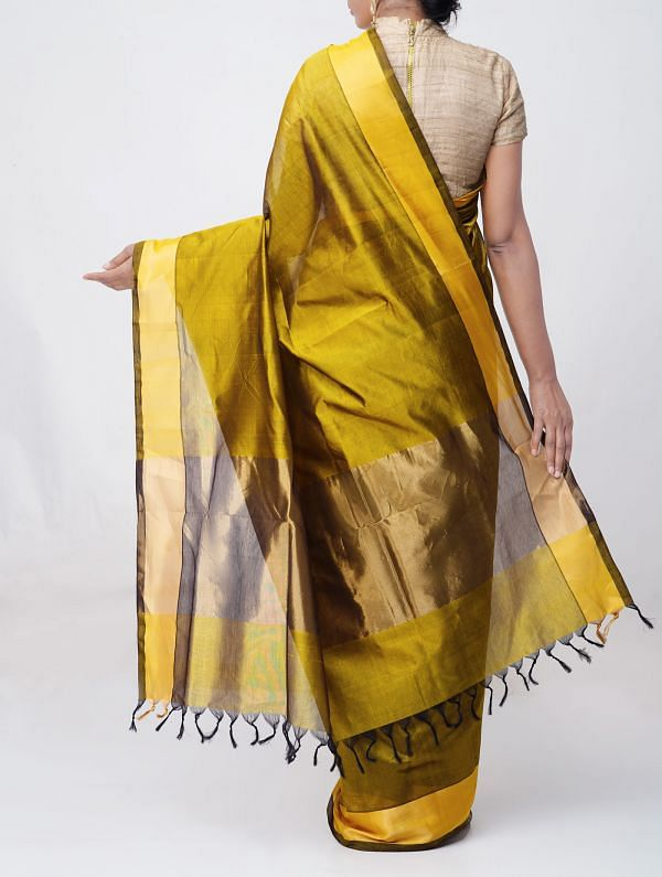 Mehandi Green Pure Handloom Uppada Silk Cotton Saree with Tassels