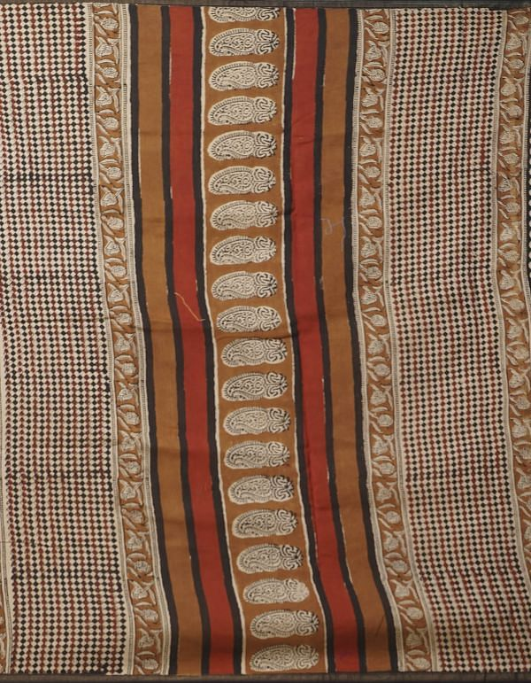 Online Shopping for Beige Pure Chanderi Sico Saree with Bagru Prints. with Bagru from Madhya Pradesh at Unnatisilks.comIndia