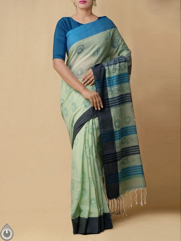 Green Pure Handloom Bengal Ikat Cotton Saree with Tassels