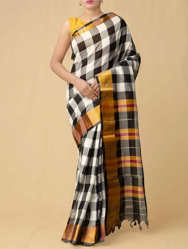 Online Shopping for Black-White Pure Handloom Narayanpet Cotton Saree with Batik Prints from Rajasthan at Unnatisilks.comIndia