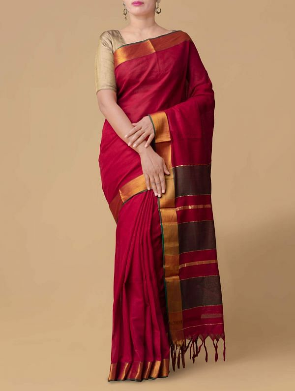 Online Shopping for Red Pure Handloom Narayanpet Cotton Saree with Batik Prints from Rajasthan at Unnatisilks.comIndia