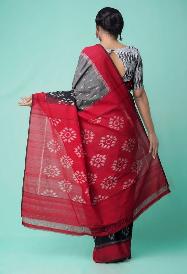Grey-Red Pure Handloom Pochampally Ikat Cotton Saree