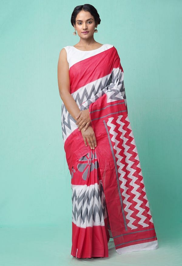Online Shopping for Red-White Ikat Pochampally Cotton Saree with Ikat from Andhra Pradesh at Unnatisilks.comIndia