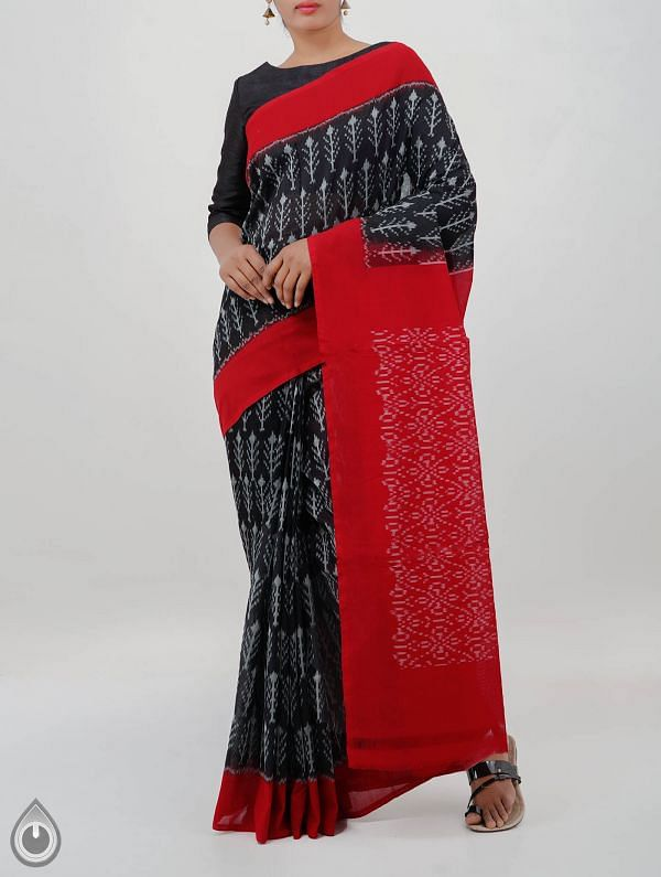 Black Pure Handloom pochampally Ikat Cotton Saree With Intricate Designs-UNT009