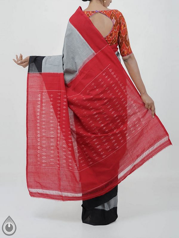 Grey Pure Handloom pochampally Ikat Cotton Saree With Intricate Designs-UNT011