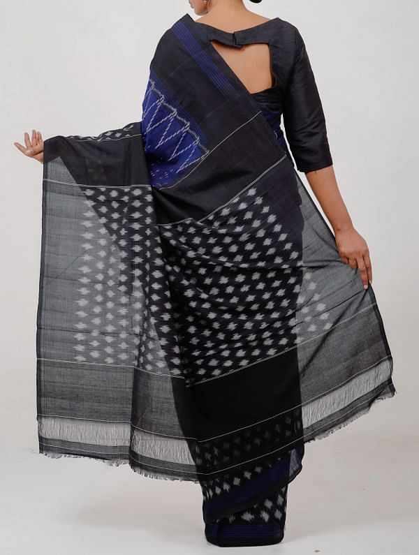 Blue Pure Handloom Pochampally Ikat Cotton Saree With Intricate Designs-UNT079