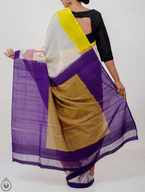 Off White Pure Handloom Pochampally Ikat Cotton Saree With Intricate Designs-UNT084