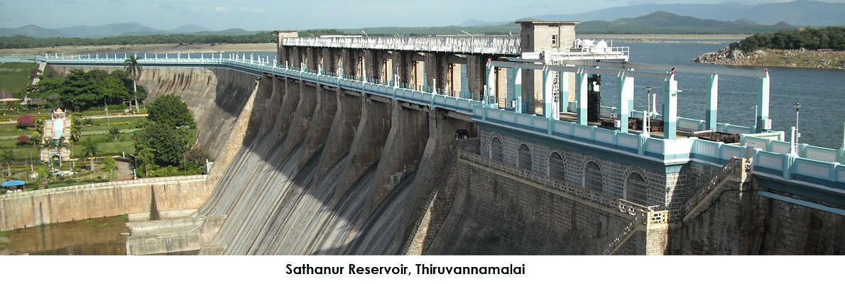 Sattanur Reservoir and Dam are about 30+ kms from Thiruvannamalai. The dam is constructed on the Satanur reservoir that is giving way to Pennaiyar river. A very short drive that takes you to a well maintained park. Good for a family picnic spot. This location has been seen in many Indian films and is considered one of the best local attraction in Thiruvannamalai.